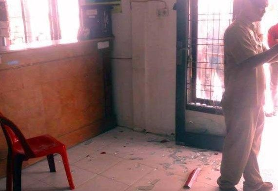 Mantan Pj Keuchik Mengamuk Hingga Pecahkan Kaca Saat Pelantikan Penjabat Baru Zamzami