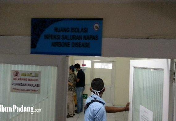 Sempat Ke Malaysia, Seorang Dokter di Padang Kini Jadi Pasien Positif Covid-19