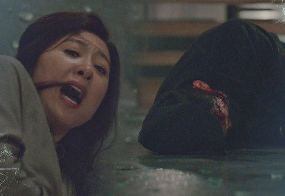 Ji Sun Woo Diserang Pria Misterius Sinopsis The World of the Married Episode 8 Tayang Rabu 20 Mei