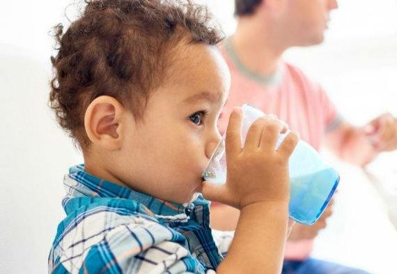 Kupas Tuntas Mitos Susu Formula Soya buat Anak yang Alergi Susu Sapi