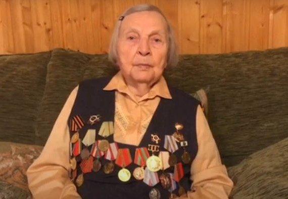 Veteran PD II dari Rusia Galang Dana Bagi Keluarga Dokter & Perawat yang Meninggal karena Covid-19