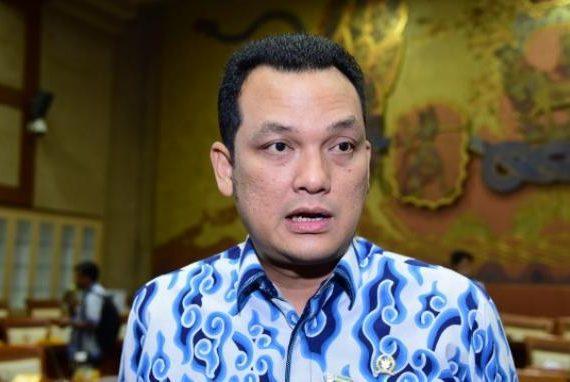 Wakil Ketua Komisi VI DPR Bagikan Peralatan Kopi buat 25 Pengusaha Muda Toba